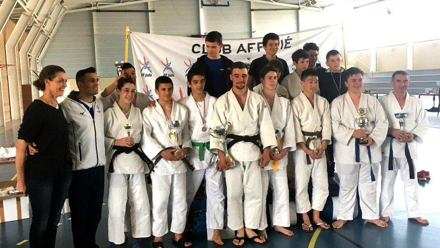 Des judokas prêts à repartirpour la fête de l'an prochain.