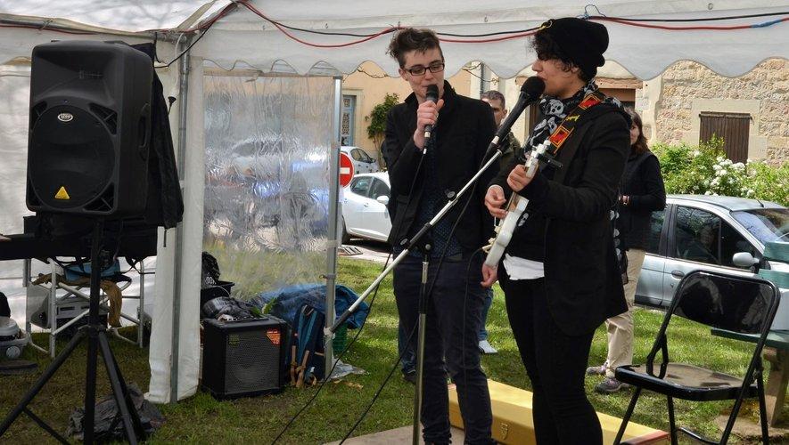 Les musiciens ont été très présents l'an passé. Cette année, le comité espère aussi la présence de conteurs, humoristes, magiciens…