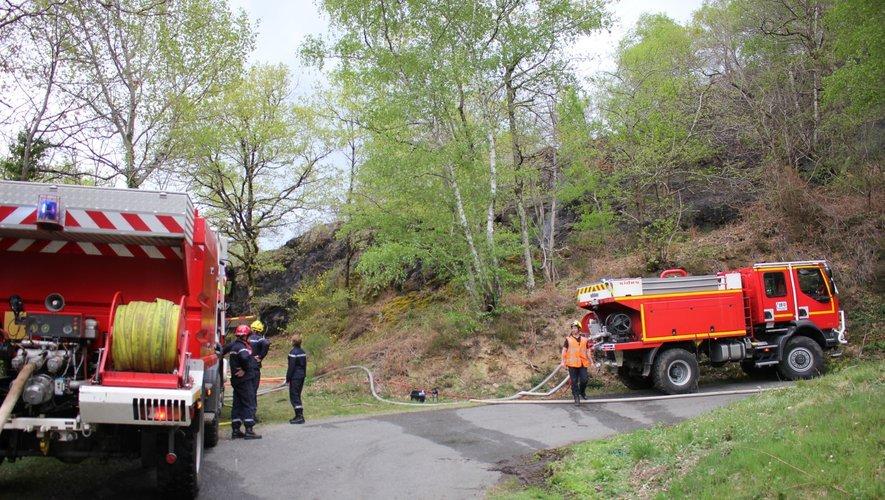 Les sapeurs-pompiers ont circonscrit le sinistre vers 18 heures.