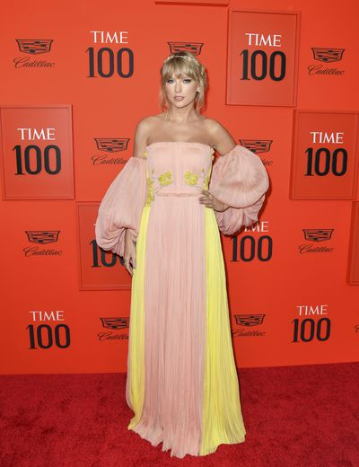 La chanteuse Taylor Swift, sur le tapis rouge du Time 100 Gala au Lincoln Center de  New York, le 23 avril 2019