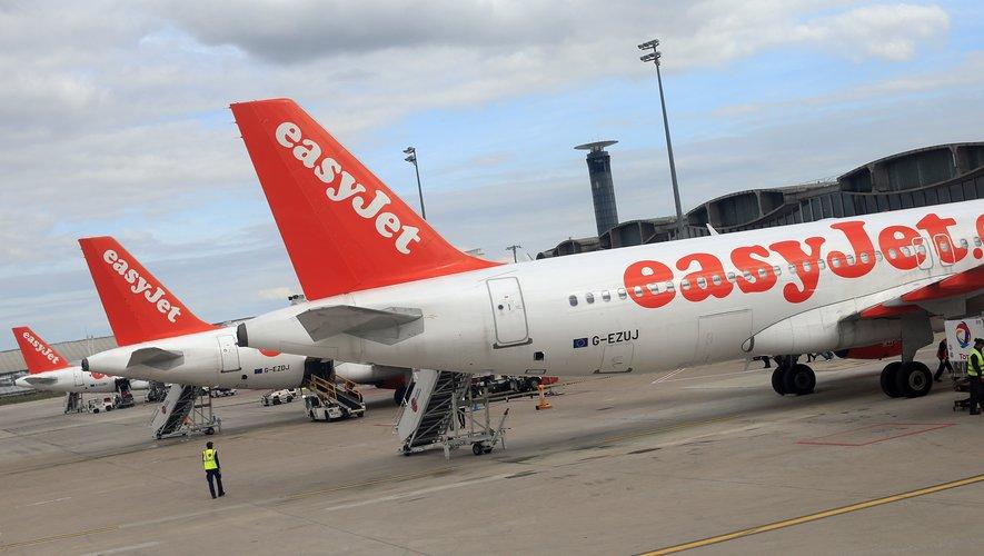 La compagnie aérienne britannique EasyJet a annoncé l'arrêt de la vente de cacahuètes à bord de ses avions afin d'aider à protéger les passagers contre les risques d'allergie.