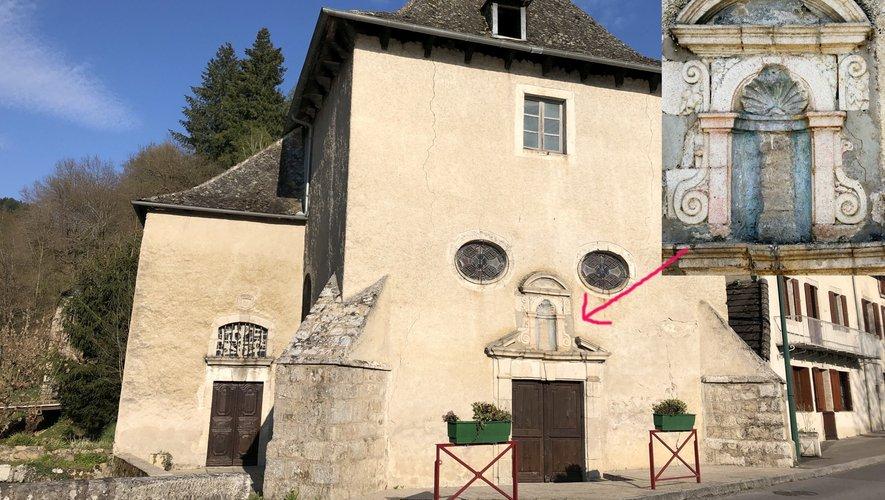 La chapelle Notre-Dame du Pontet et sa niche de Sainte-Ursule (détail)