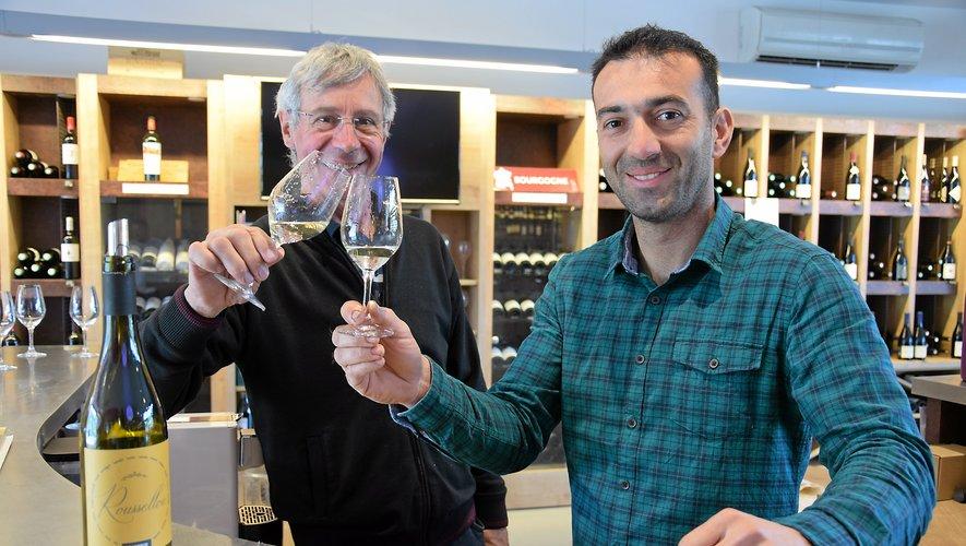 Alain Falguières et Philippe Rousseau ont trinqué  à la réussite du roussellou.