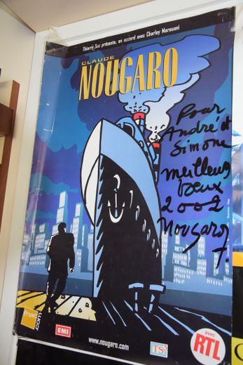 Hommage parmi tant d'autres, ci-dessus de Claude Nougaro.