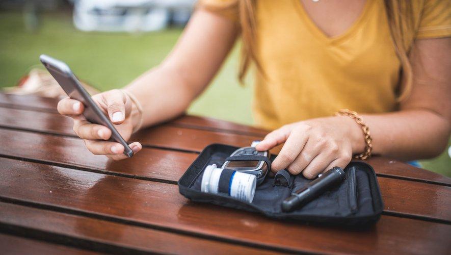 Les diabétiques ont besoin de connaître leur taux de glucose pour adapter leur alimentation et savoir quelle quantité d'insuline ils doivent s'injecter.
