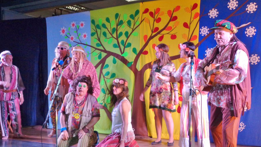 Les chanteurs d'Olt sur scène pour un tout nouveau spectacle.