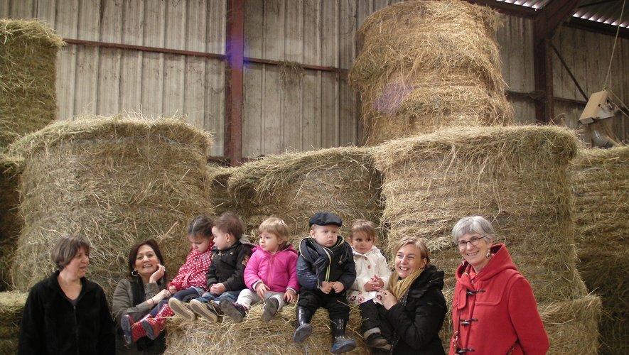 Petits et grands ont pu goûter aux yaourts de Zita et Rémy Lavaur à la ferme de la Boriette au Cayrol.