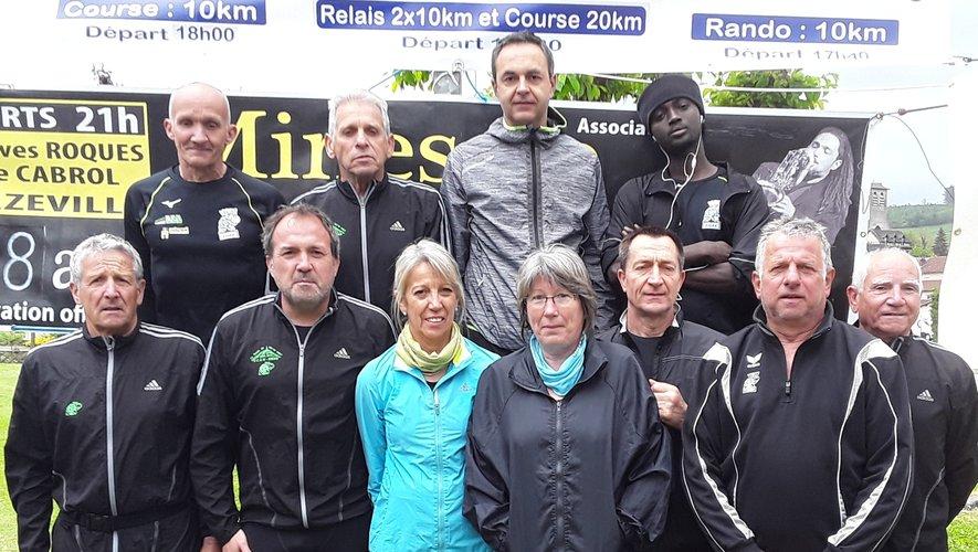 Les coureurs du VCAN lancent les invitations pour la Ronde du Puy de Wolf.