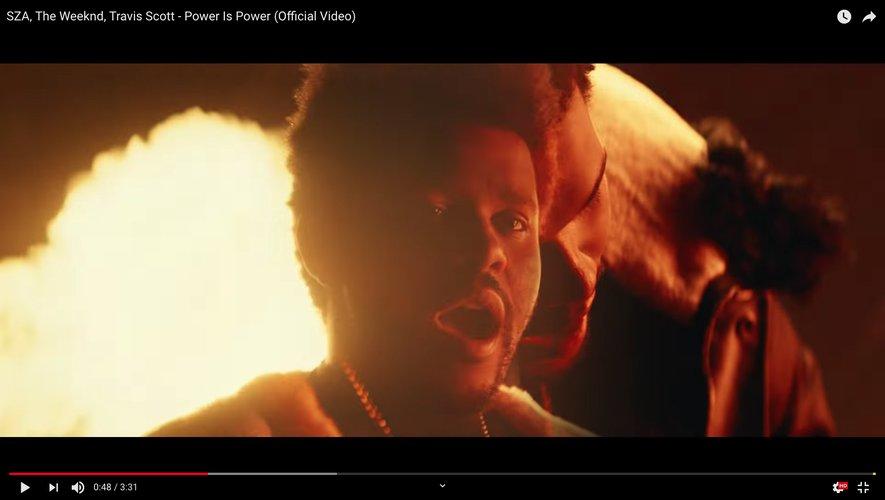 The Weeknd, SZA et Travis Scott révèlent le clip de leur nouvelle collaboration, 'Power is Power'.