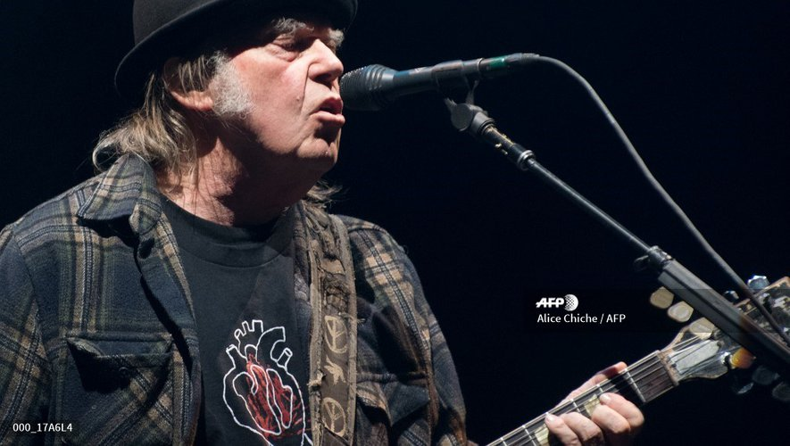 Neil Young, sur scène à Québec à l'occasion du Festival d'été 2018, le 6 juillet 2018.