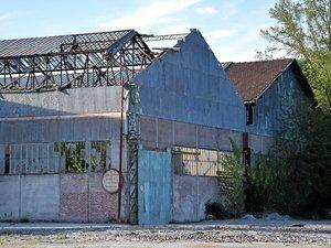 À Decazeville, les anciens et immenses halls de Vallourec poursuivent leur mutation.