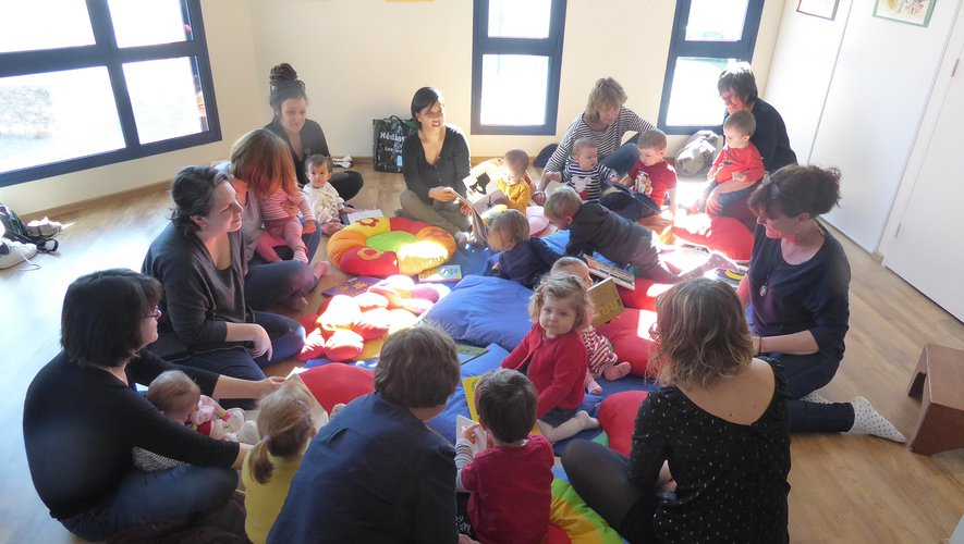 Au dernier atelier, autour de Géraldine, beaucoup de participants.