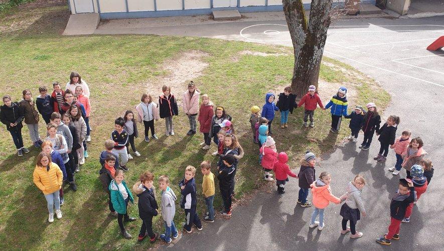 Une fête a été préparée pour marquer le 100e jour d'école