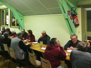 Cinquante-deux équipes ont participé au concours de belote du Sport quilles