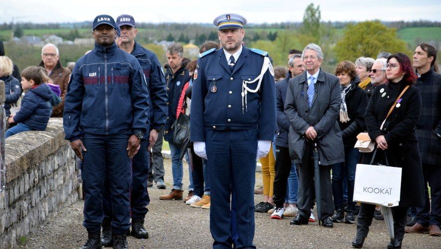 La police municipale toujours  fidèle à la cérémonie.