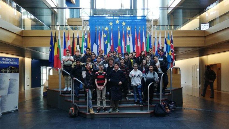 Les collégiens au Parlement européen.