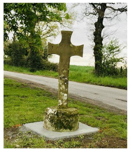 Une croix du XVème sauvegardée