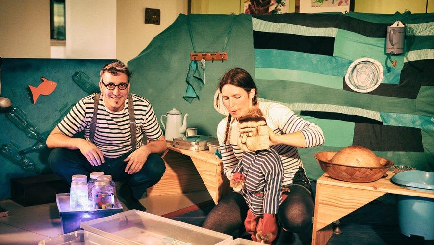 Céline et Fred de Croisillon & Cie proposeront un spectacle sur le thème de l'eau.