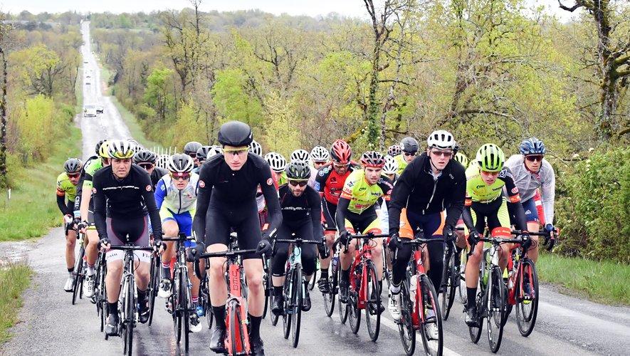 50 cyclistes se sont lancés au départ du souvenir Etienne Fabre, contre 61 inscrits à la base.