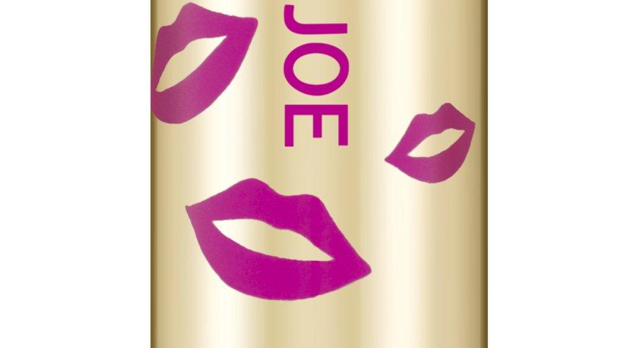 Paul & Joe Beauté place sa nouvelle ligne de maquillage sous le signe du disco.