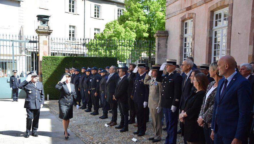 Deux fonctionnaires de police sont décédés en service depuis le début de l'année  en France.