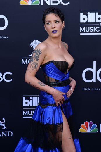 La chanteuse américaine Halsey aux Billboard Music Awards, MGM Grand Garden Arena, le 1er mai 2019, Las Vegas