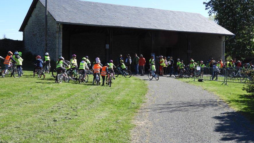 225 écoliers étaient présents, ce matin à Vabre, et sont issus de 4 écoles publiques