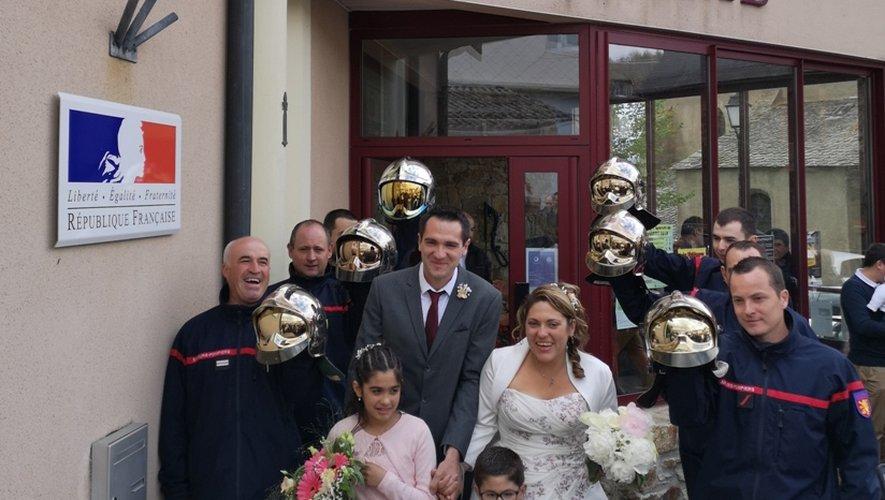 Sophie et Bryan n'ont rien perdu de cette merveilleuse journée où ils ont marié papa et maman.
