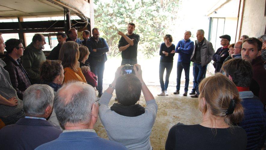 Sur l'exploitation de Pierre Cassan, à Millau, le dispositif a été présenté. l. c.