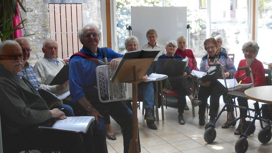 La Chorale des Ondes à l'Unité de Vie