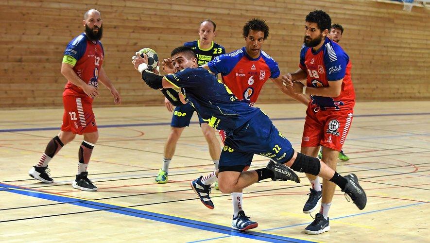 Aussi bien chez les messieurs que chez les dames, le Roc handball est en grand danger de relégation.