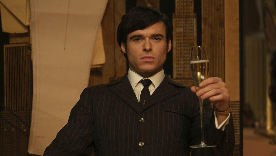 """Mr Porter propose une collection inspirée du film """"Rocketman"""" pour le label masculin de luxe Kingsman."""