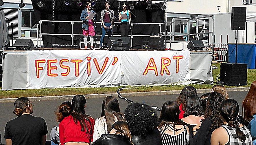 Festiv'art a animé le lycée la Découverte