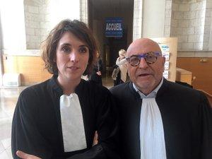 Me Laurence Foucault et  Me Hubert Aoust assurent la défense de l'accusé.