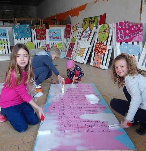 Des jeunes participantes au dernier atelier déco.