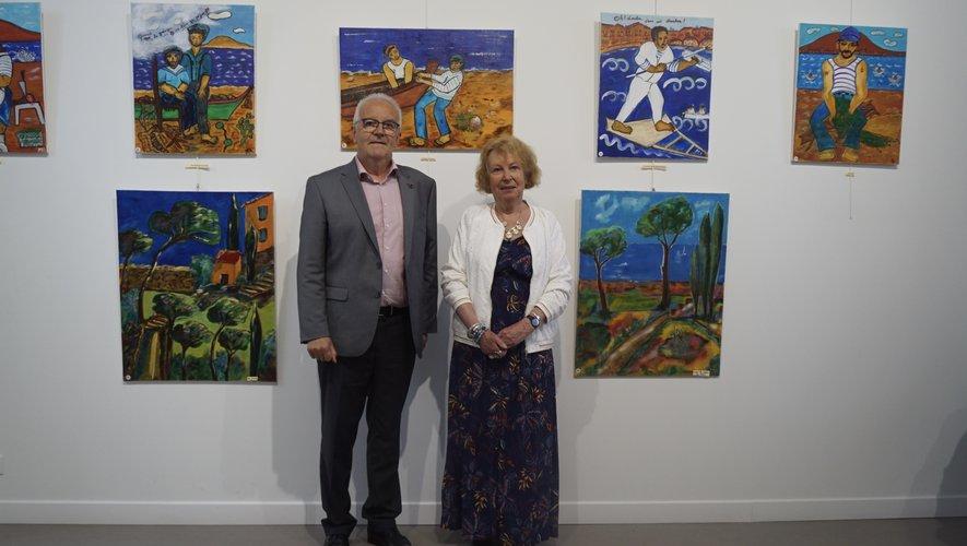 Jean-Luc Calmelly (maire) avec Marie Agnès Cros lors du vernissage.