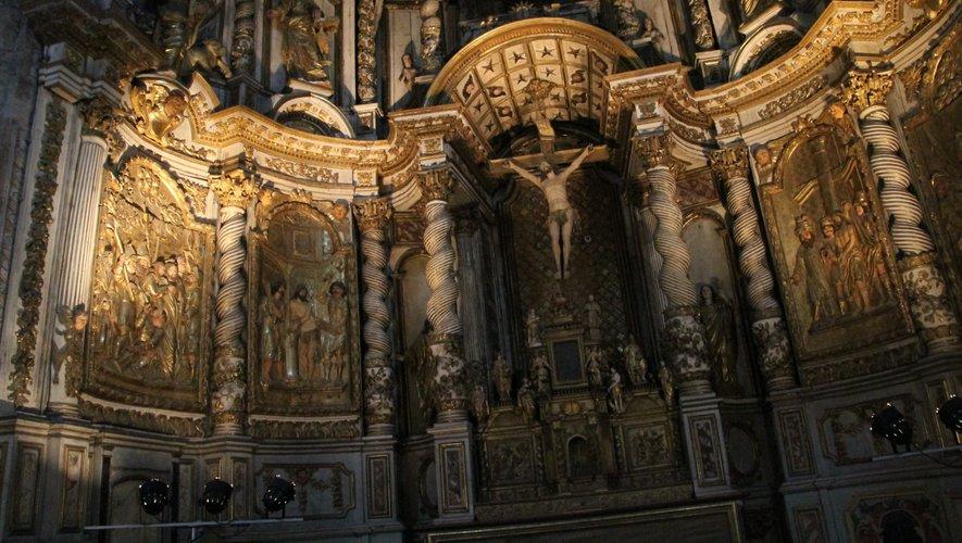 Des travaux d'entretien sur les monuments historiques