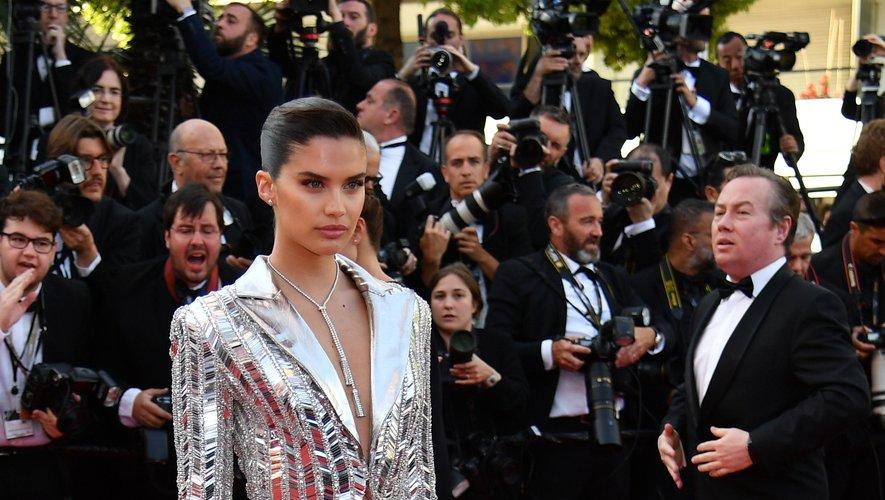 Sara Sampaio en Rami Kadi Couture. Cannes, le 16 mai 2019.