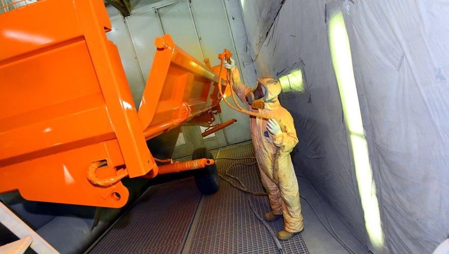 L'entreprise almontoise se positionne parmi les principaux fabricants de bennes français.