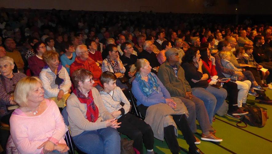 Les nombreux spectateurs ont passé une agréable soirée.