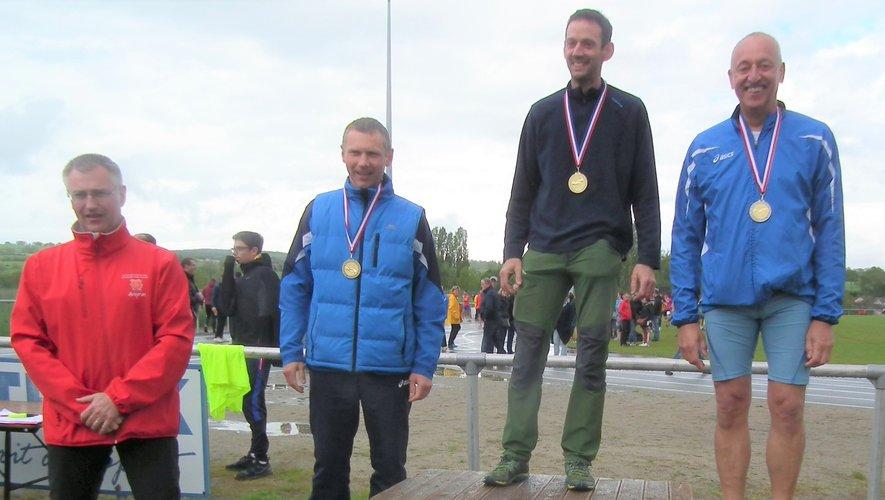 Vincent Massip, sur la plus haute marche du podium.