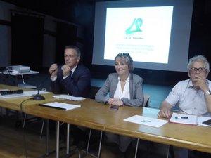 Le maire Jean-Philippe Sadoul, aux côtés de Dominique Gombert et Guy Catala, a présenté les projets en cours et à venir.