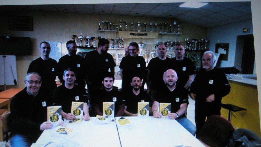 Les dirigeants du club en réunion préparatoire.