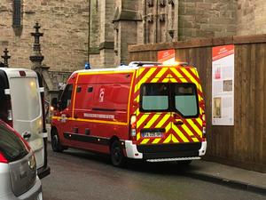 La victime a été transportée à l'hôpital par les pompiers de Rodez.
