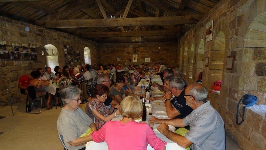 L'association du Prieuré, très active, propose notamment des repas sur site.
