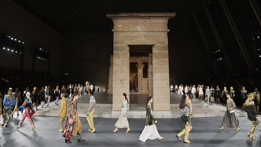 Après New York en 2018, Chanel présentera sa prochaine collection des Métiers d'Art à Paris en décembre.