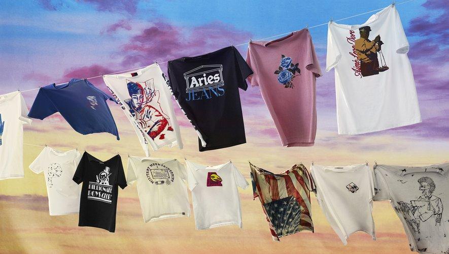 La plateforme Mr Porter signe une collection exclusive de T-shirts avec plusieurs marques contemporaines pour l'été.