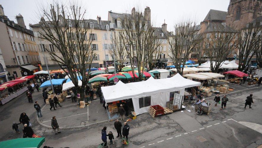 Le marché va faire ses adieux à la place de la Cité telle qu'elle est aujourd'hui...