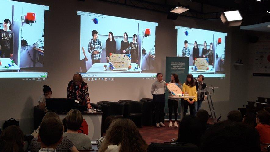 Les jeunes collégiens ont présenté leur défi à Toulouse.