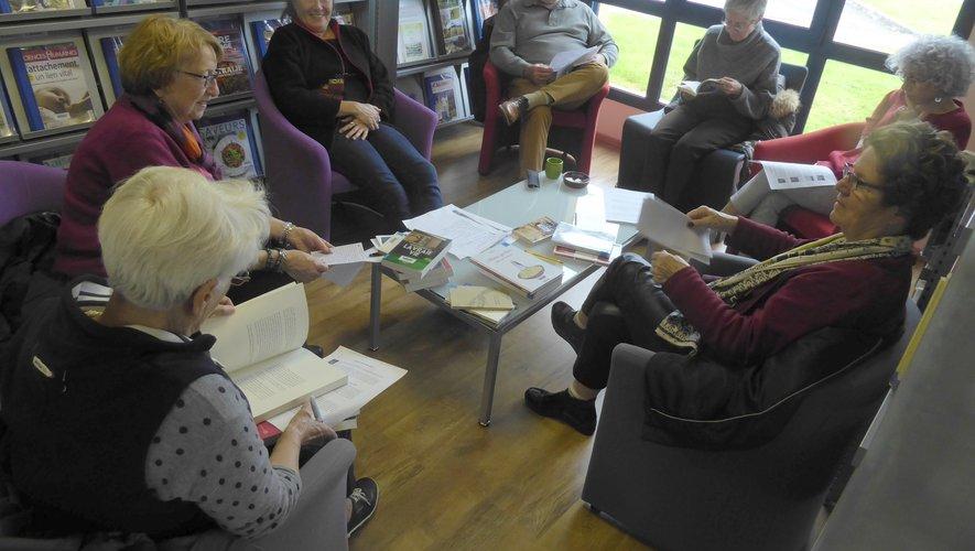 Les participantes à ce moment d'échange de lecture.